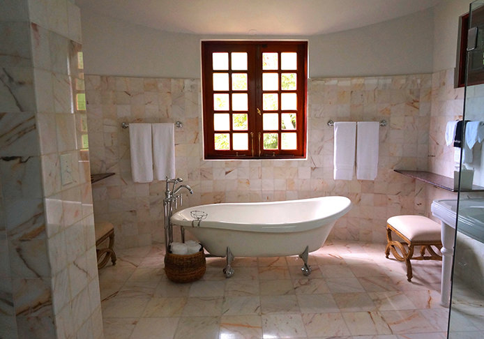 694x486-bathroom-tile-flooring.jpg?Revision=XBW&Timestamp=6MVnVG